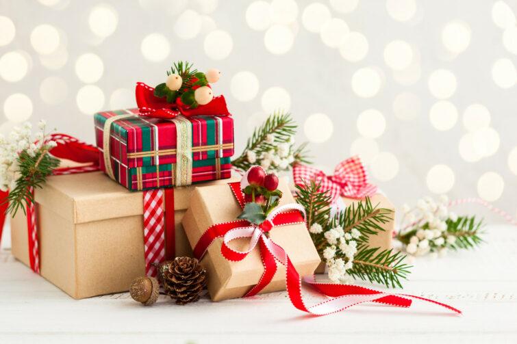 Idee Pacco Regalo Natale.Idee Regalo Per Natale E Per Le Feste Paolo Market
